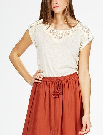 tee-shirt-manches-courtes-et-empiecement-dentelle-beige-femme-va235_1_fr4
